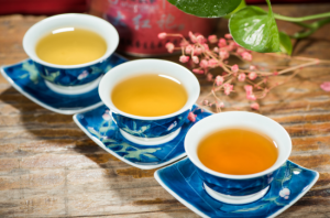 Drinking herbal tea combats stress